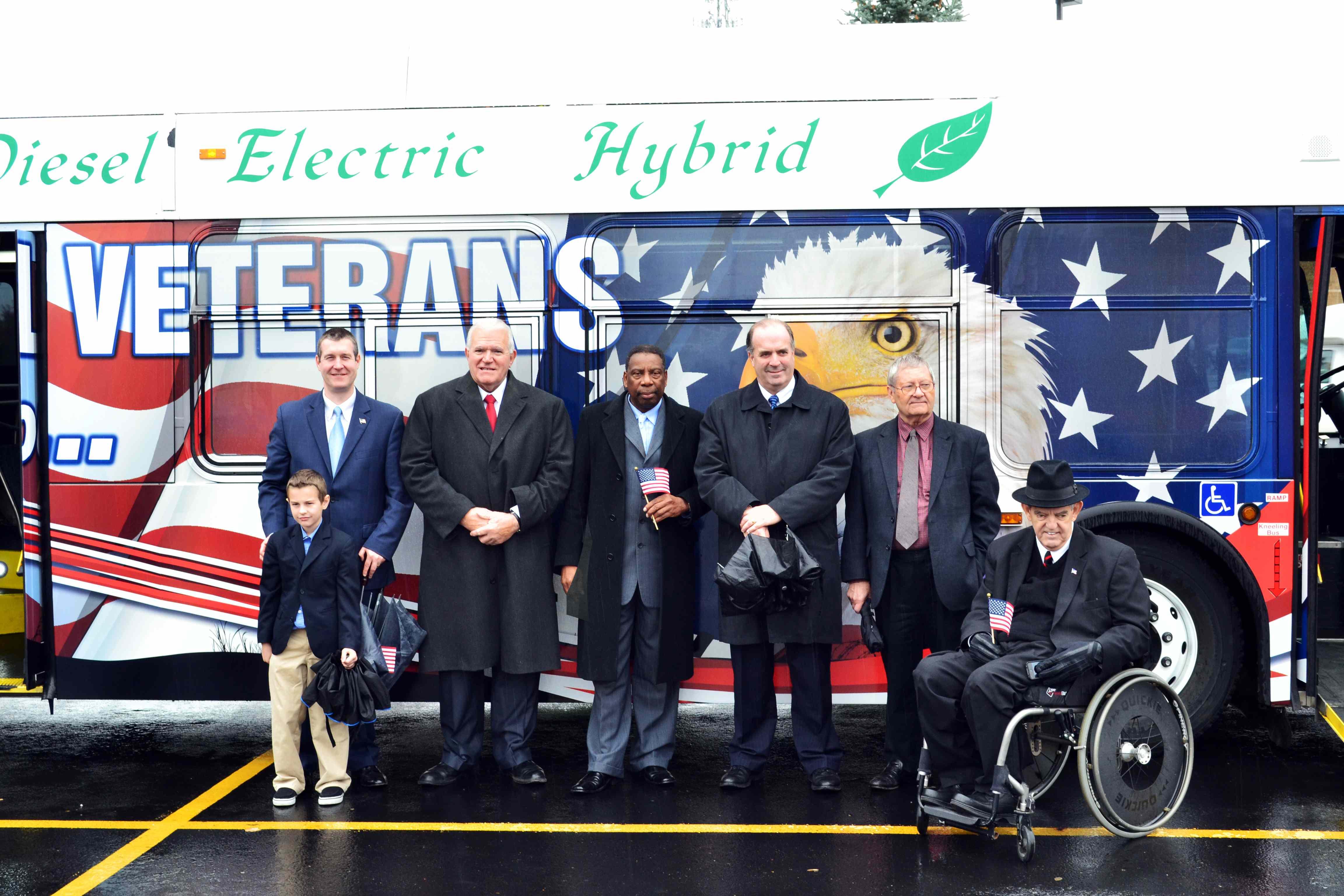MTA unveils veteran's bus